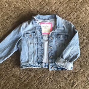 Light washed cropped denim jacket